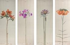Artist keeps silence to feel nature