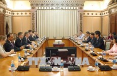 HCM City wants France's cooperation in education, smart city