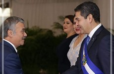 Honduras President wants to boost relations with Vietnam