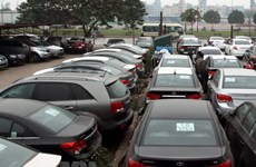 Ministry clarifies decree on imported autos