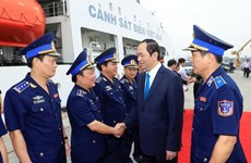 President pays pre-Tet visit to Coast Guard Zone 3