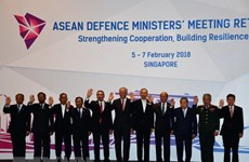 Vietnam attends ADMM Retreat in Singapore