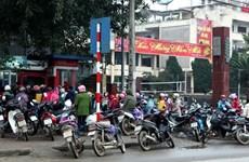 Banks battle Tet ATM overload