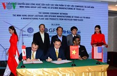 Vietnam, US cooperate to produce goods from recycled fiber glass