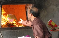 Buddhist Sangha proposes eliminating votive paper burning at pagodas
