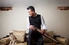 Vietnamese zither player nominated for IMA awards
