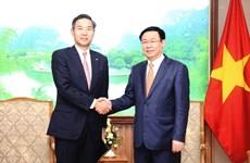 Deputy PM hosts Sumitomo Mitsui Bank's senior official
