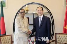 President Tran Dai Quang meets Bangladeshi leaders