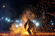 Tuyen Quang: Pathen ethnic group hosts fire dancing festival