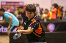 Vietnamese, Japanese players in table tennis exchange