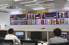 Vietnamese shares rise slightly on both bourses