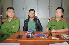 Drug smuggler caught in Hoa Binh province