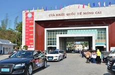 Chinese tourist cars permitted to enter Ha Long city