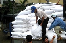 RoK donates 10,000 tonnes of rice to aid storm Damrey's victims