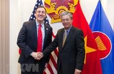 Vietnam, US enhance cooperation in humanitarian activities