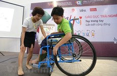 Seminar seeks ways to improve education for the disabled