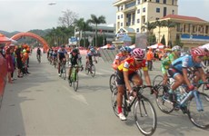 HCM City TV cycling race kicks off in Lang Son