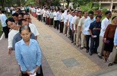 Cambodia calls on locals not to boycott general election