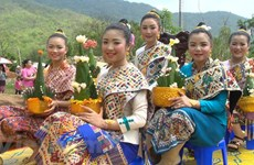 Laos celebrates traditional New Year festival