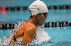 Vietnamese star wins gold in Pro Swim Series