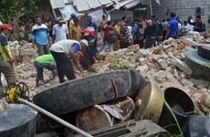 Indonesia: At least seven killed in building collapse