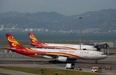 Singapore's Temasek mull stakes in Hong Kong's airlines