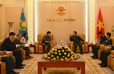 Defence Minister Lich receives Kazakhstani Deputy Defence Minister