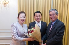 Vietnam's Ambassador to US pays New Year visit to Lao embassy