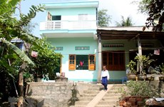 """Red-Cross house"" model helps disaster-affected locals repair dwelling"