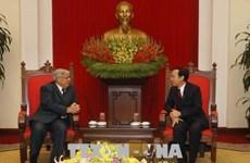 French Communist Party delegation visits Vietnam