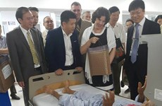 Quang Binh calls for Cuba's continued support in health care
