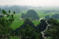 Ninh Binh, sleeping beauty has woken up
