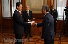 Mexican President vows to tighten ties with Vietnam