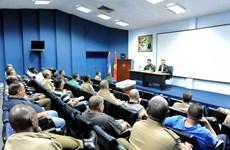 Vietnam shares development experience with Cuba