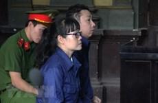Court reviews swindling case of ex-Vietinbank official