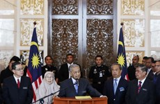 Malaysia sets up fund for donations to ease national debt