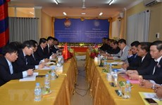 Vietnamese, Cambodian fronts boost cooperation