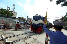 Cameras to be installed at level crossings