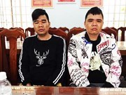 Khanh Hoa police hand over hunted criminals to China