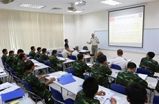 France shares experience in military engineering with Vietnam
