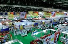 Vietnam-Laos trade fair opens in Vientiane