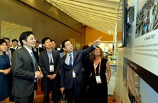 Vietnam attends World Cities Summit in Singapore