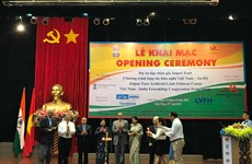 India provides free artificial limbs for Vietnamese with disabilities