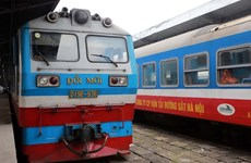 1,000 expired coaches burden Vietnam Railways