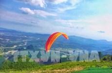 Quang Ninh: National paragliding contest kicks off