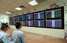 Banking stocks push shares up