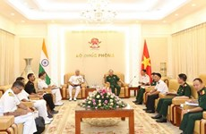Vietnamese, Indian naval forces asked to foster cooperation in shipbuilding