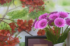 Beautify your life with clay flowers