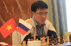 Liem attends Super Grandmaster Chess event in China