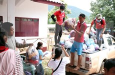 Laos: Crowded evacuation centres on alert for disease outbreaks